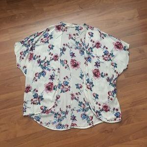 Cream Floral Short Sleeve Kimono